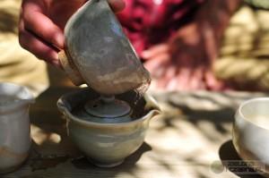 Święto Herbaty, czarka z wodą i herbata